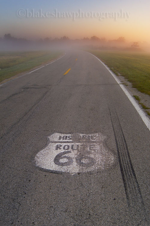 Dwight, Illinois, Route 66, highway, sunrise