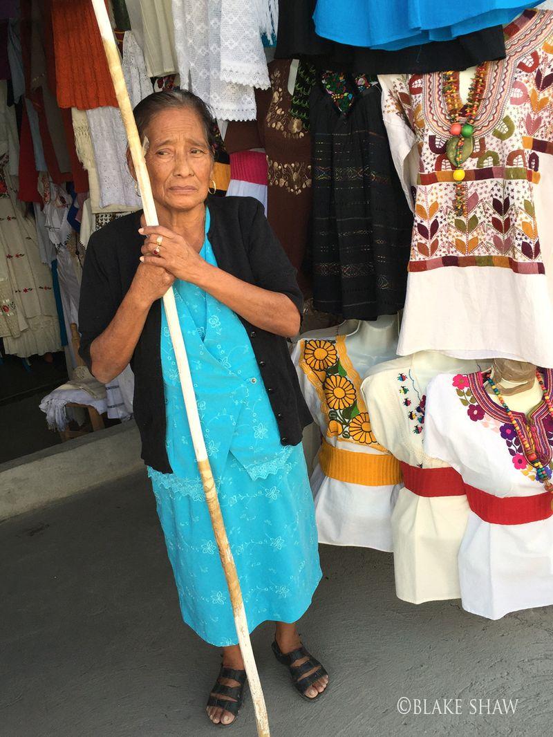 Mitla lady
