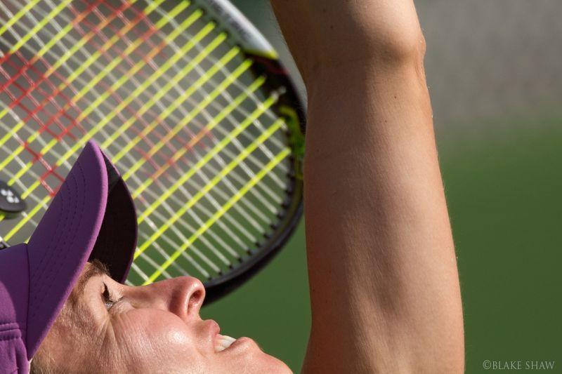 Martina hingis serve close-up