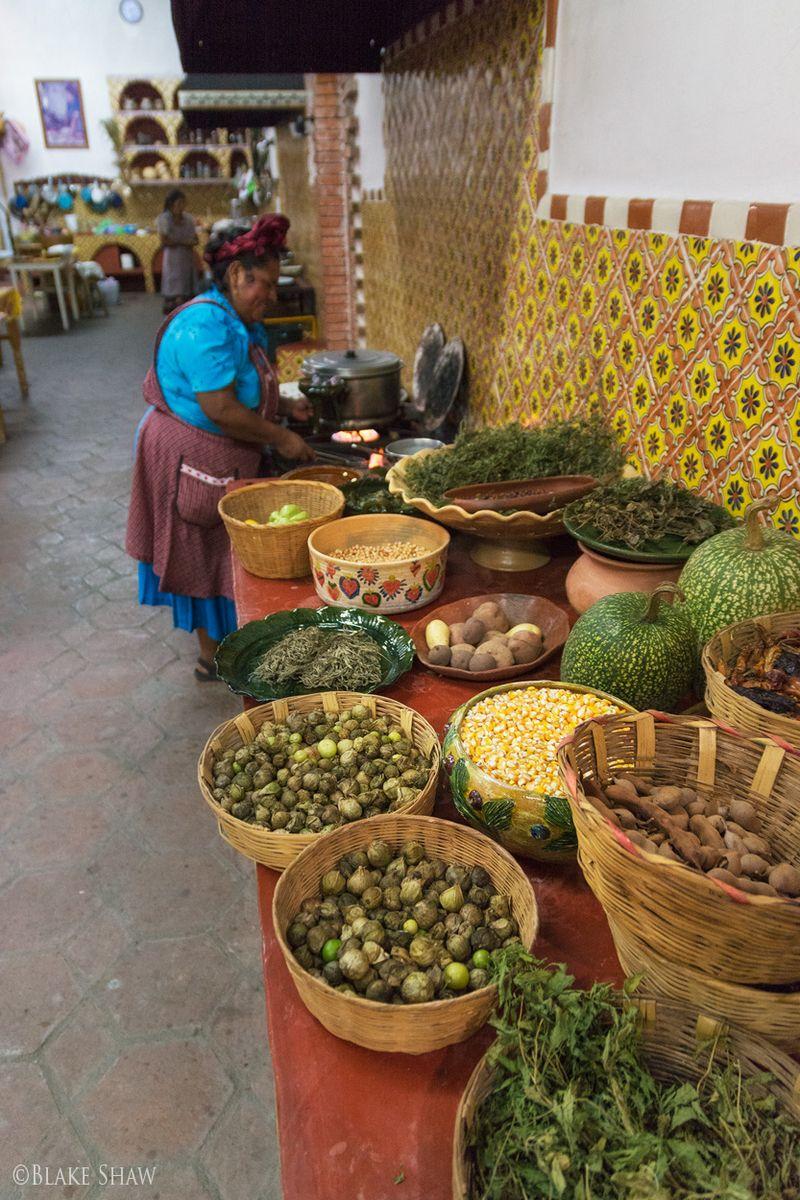 Tlamanalli kitchen