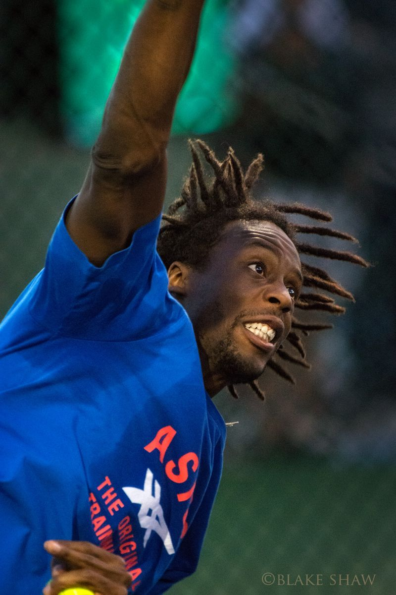 Gael monfils serve
