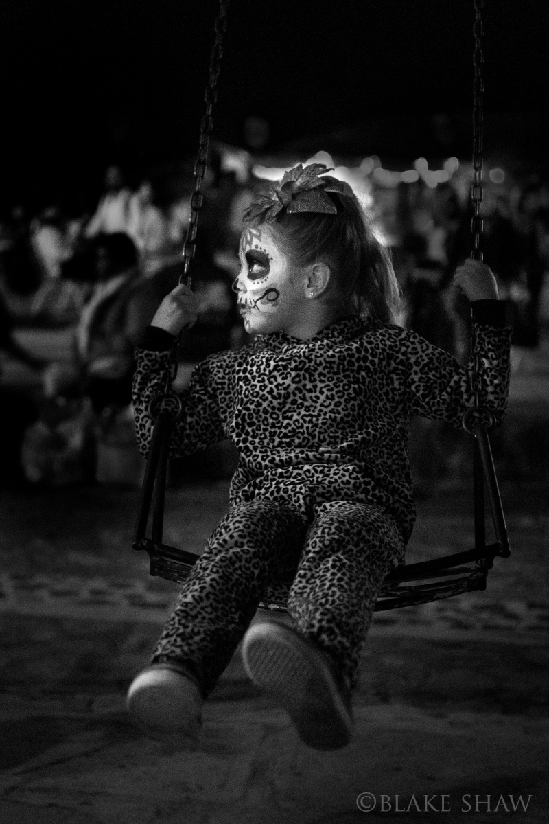 Day of the dead swing girl janitzio